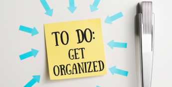 Get organized post on fridge