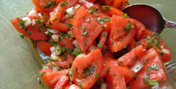 herbed garden fresh salad