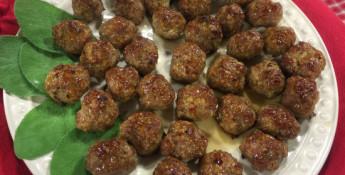 maple apple glazed breakfast meatballs