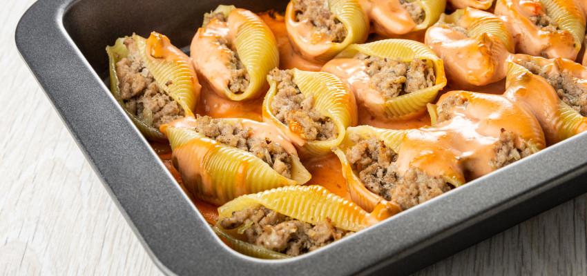 cheeseburger stuffed jumbo pasta shells