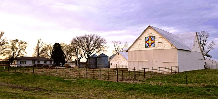 Barn Quilt on white barn
