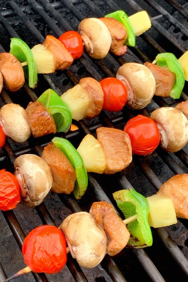 chicken-skewers-on-grill
