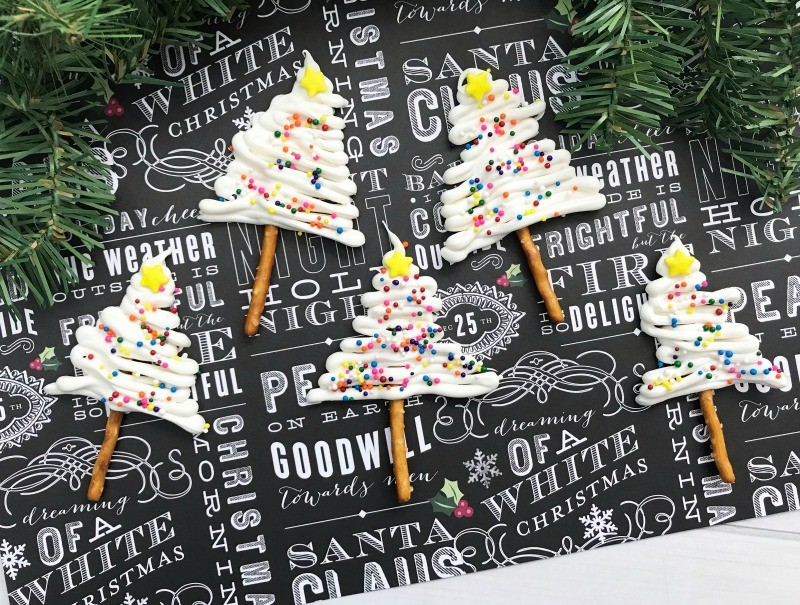 white-chocolate-pretzel-trees-1
