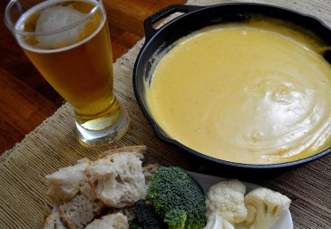 beer and cheddar fondue